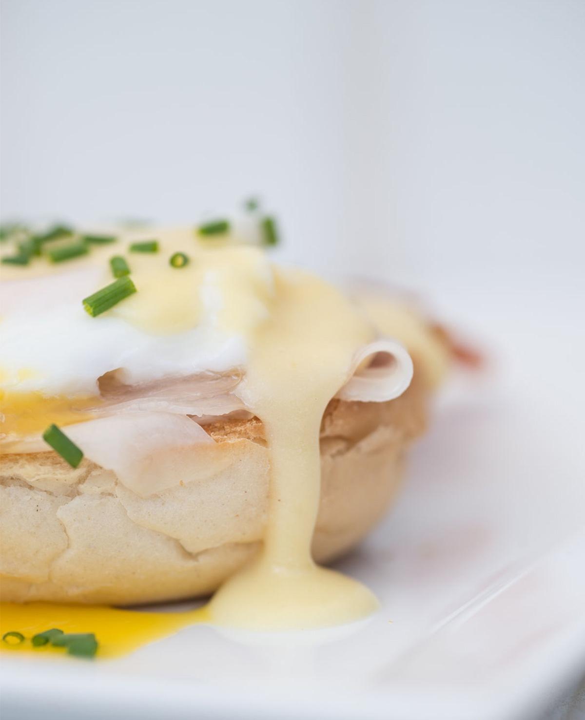 Zo maak je eggs benedict