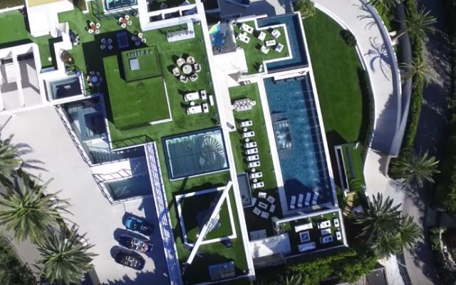 VIDEO: zo ongelofelijk vet ziet het allerduurste huis van Amerika eruit