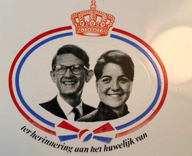 Zo vieren Pieter van Vollenhoven en prinses Margriet vandaag hun vijftigjarige huwelijk