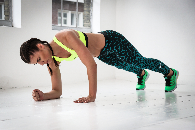 Workout voor je armen, borst en core