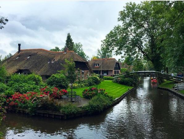 Zien: Amerika in de ban van schattig Nederlands dorpje