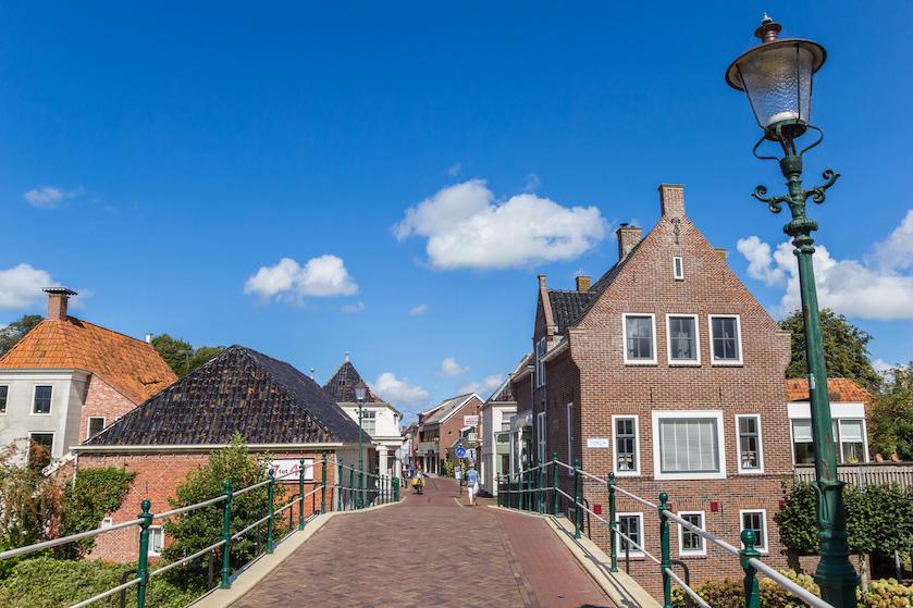 Weekendje weg in eigen land: déze plaats is verkozen tot mooiste dorp van Nederland