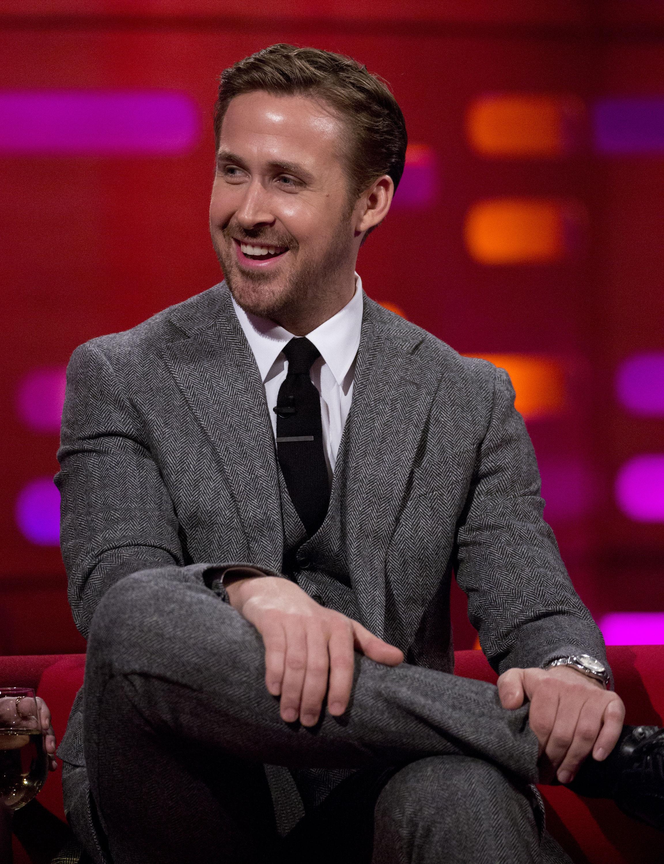 Hilarisch: de dance moves van een kleine Ryan Gosling!