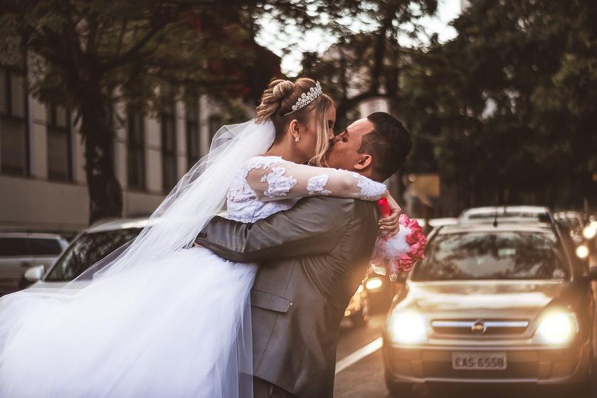 De perfecte trouwjurk? Volgens mannen ziet die er zo uit