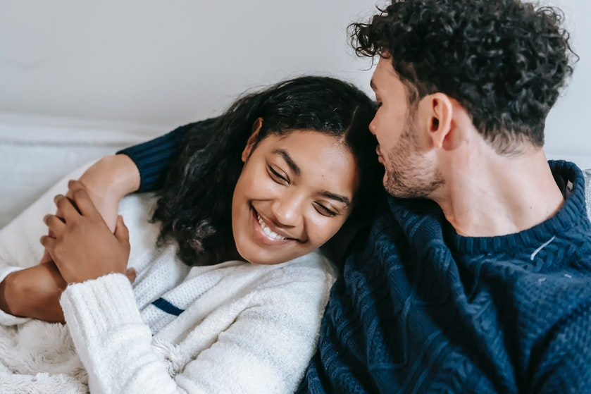 Uit onderzoek gebleken: de geur van je partner werkt kalmerend tegen stress