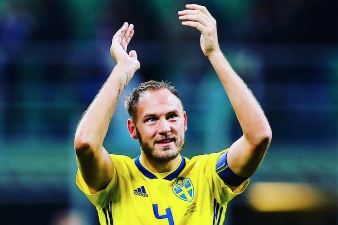 """Zweedse voetballer mist geboorte dochtertje door WK: """"Ik ga de wedstrijd niet missen"""""""