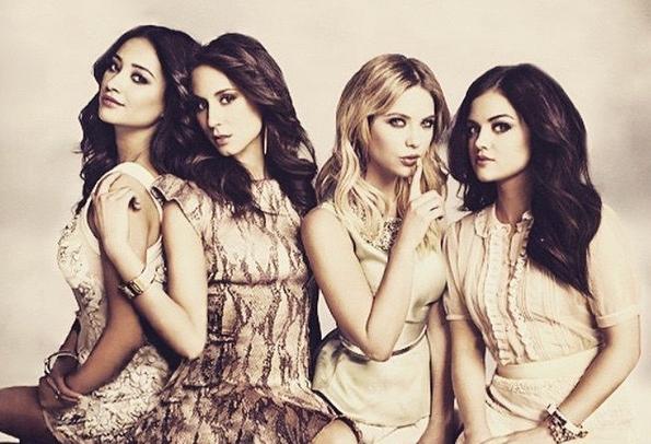 ZIEN: de eerste minuut van nieuw Pretty Little Liars-seizoen