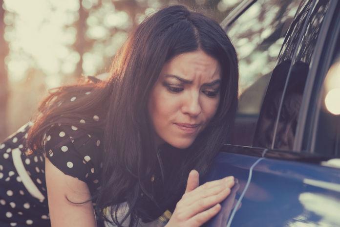 Sas: 'Ik reed een deuk in de auto van de buren'