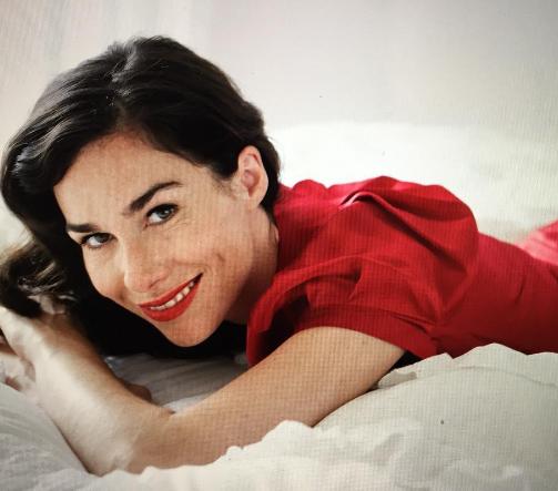 Nieuwe speelfilm Oude liefde – met Halina Reijn en Hadewych Minis