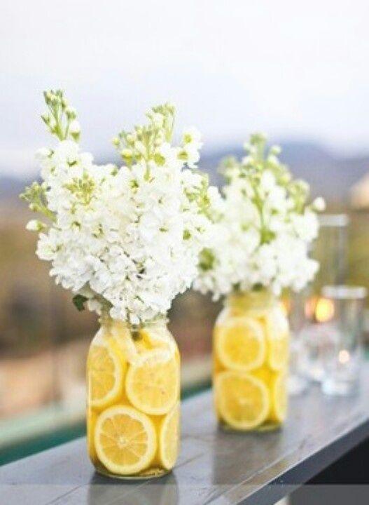 Waarom zet je jouw bloemen beter in limonade?