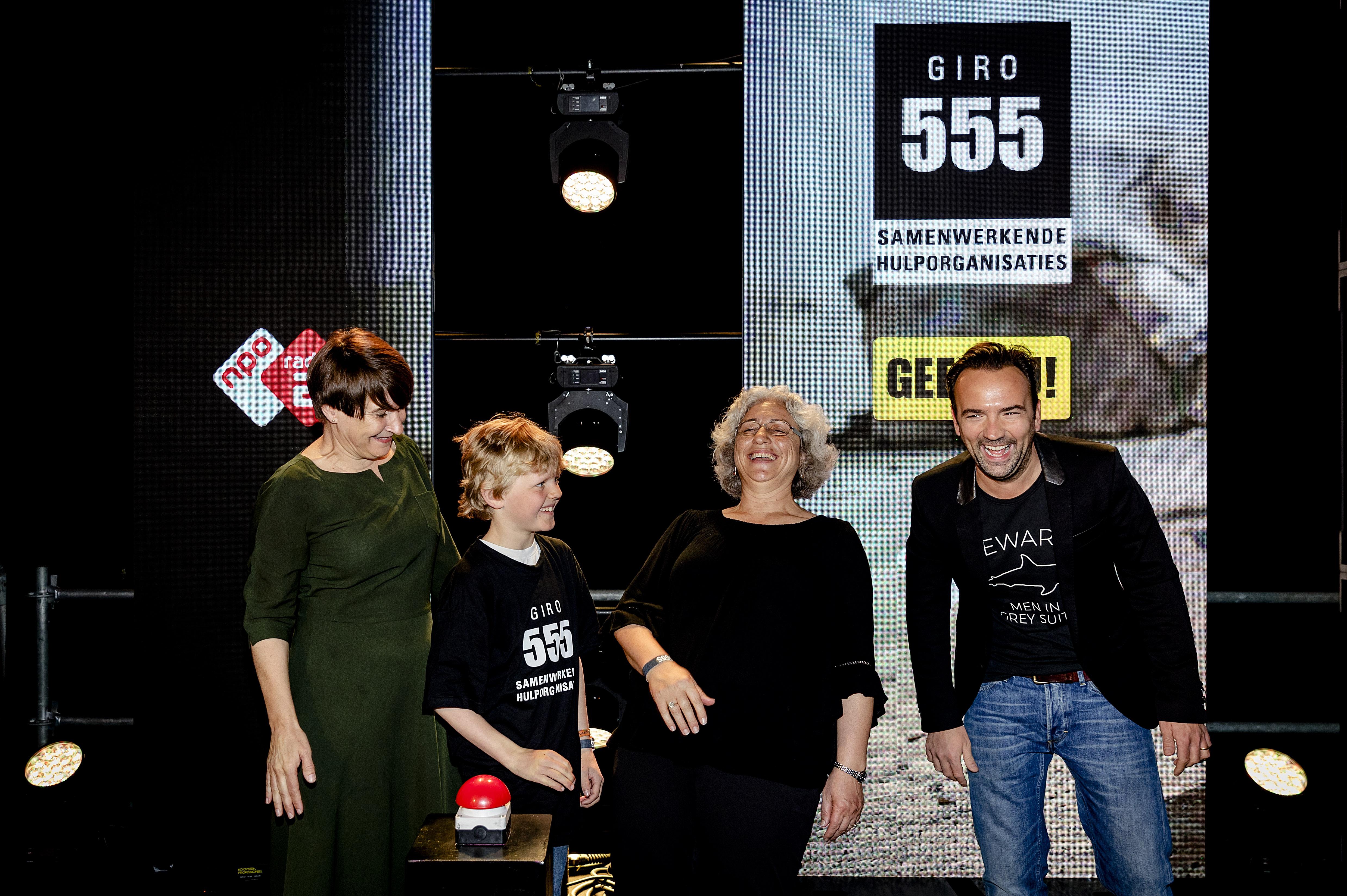 Zo steunen de BN'ers Giro555