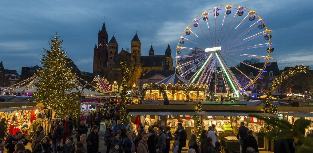 Waarom je dit jaar naar de kerstmarkt in Maastricht wil
