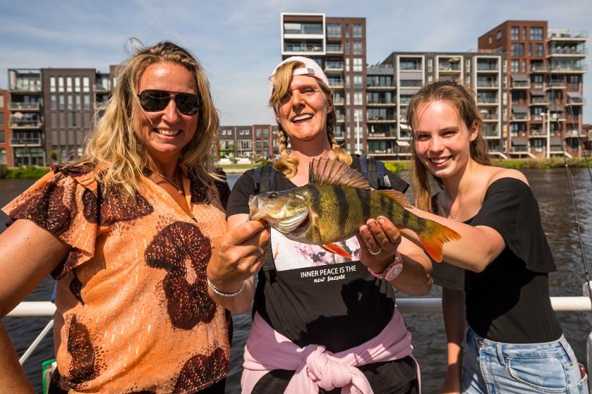 9 redenen waarom elke vrouw zou moeten vissen