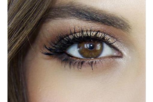 ZIEN: Dit zijn de 5 beste oogschaduwkleuren voor vrouwen met bruine ogen!