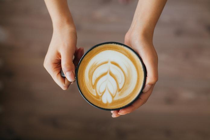 Ontbijtinspiratie nodig? Probeer eens een havermoutcappuccino