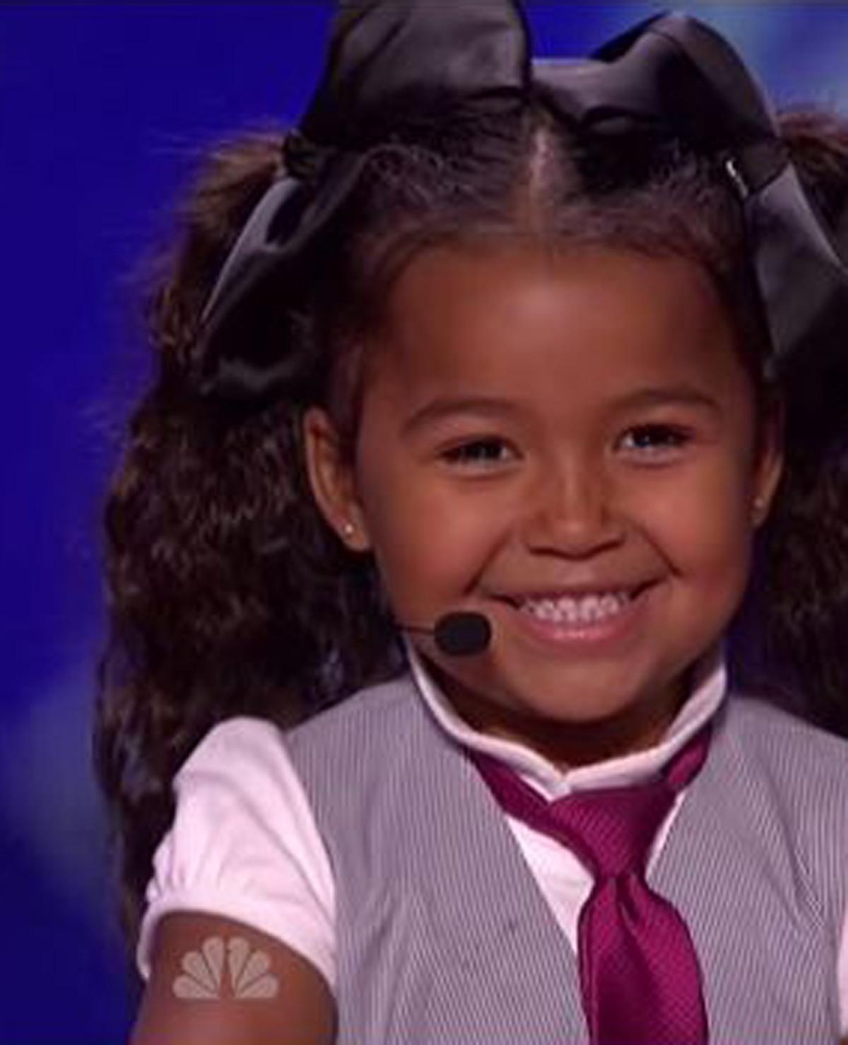5-jarig meisje laat jury smelten