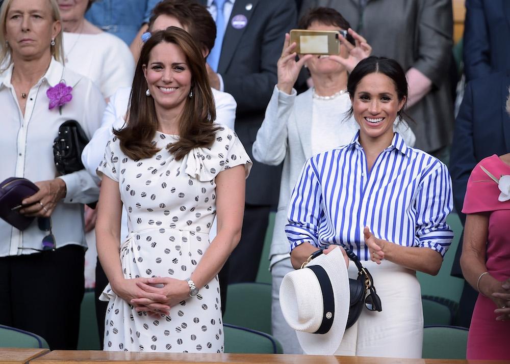 Zien: Meghan Markle en Kate Middleton frontrow bij vrouwenfinale Wimbledon