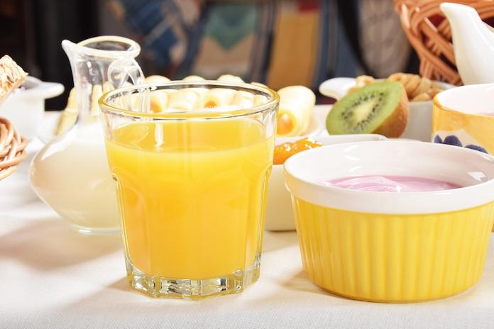 Dít is de reden waarom sinaasappelsap vies smaakt na het tandenpoetsen