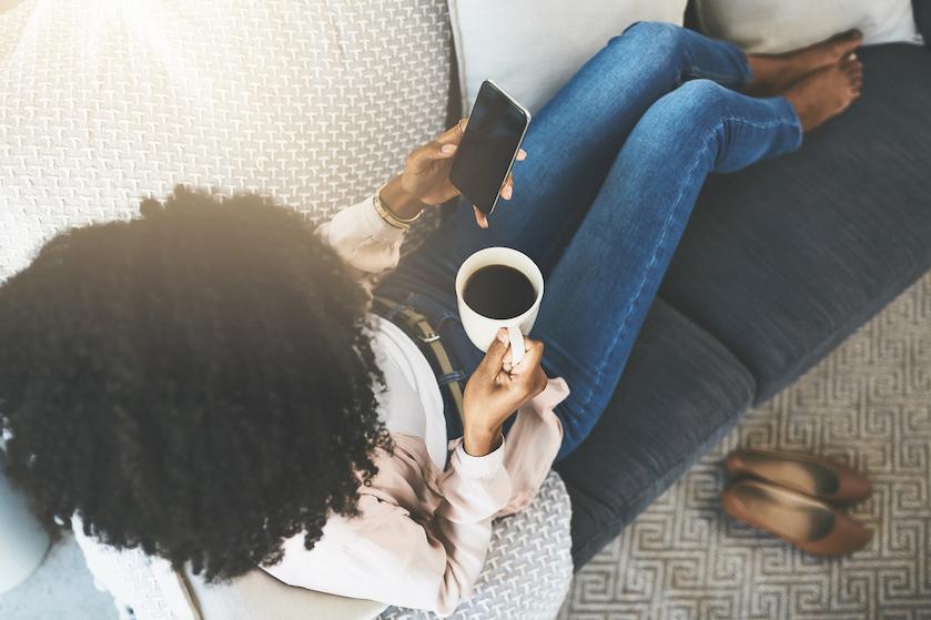Spice it up: deze kruiden maken je kop koffie in de ochtend een stuk gezonder