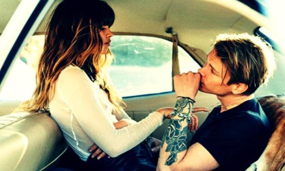 Oh La La: 7 seksposities die je ook perfect in de auto kan uitvoeren!