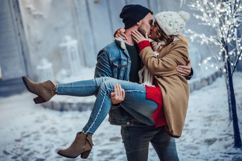 Winterhoroscoop: dít staat jouw sterrenbeeld te wachten in de liefde