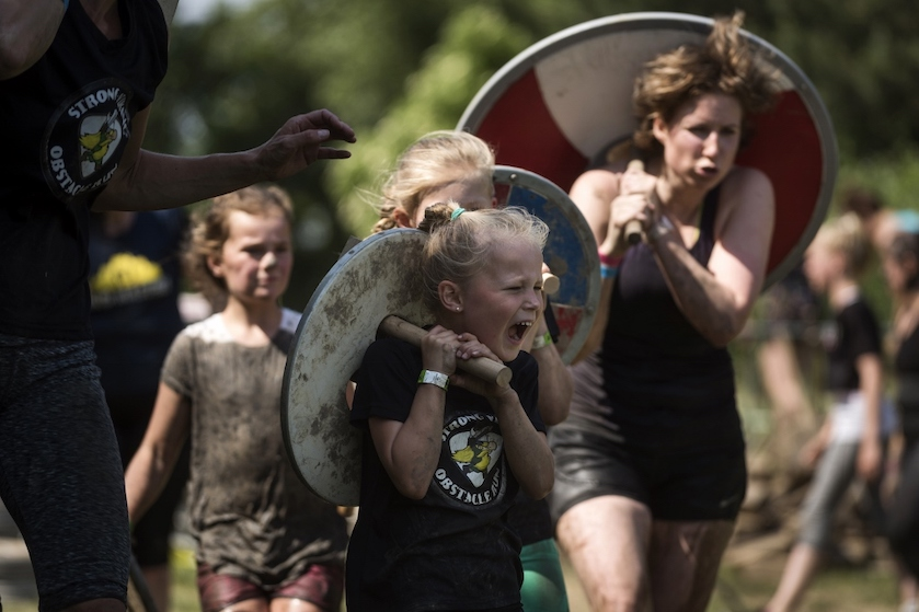 WIN: 10 kaarten voor de Strong Viking Family Run en ren mee met Flair!