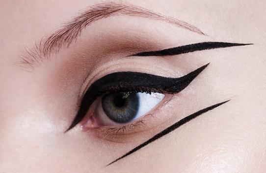 WOW: De nieuwe eyeliner van MAC ziet eruit als een pizzaroller
