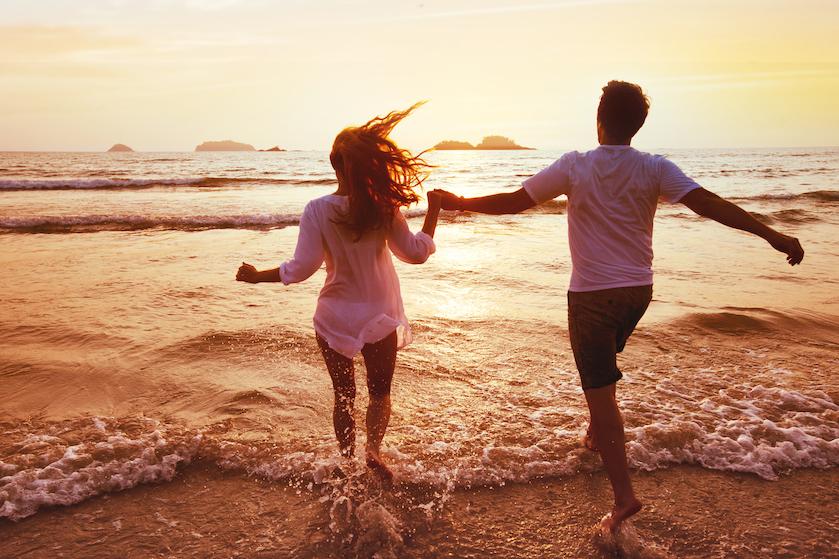 Jij en je lief kunnen je nu opgeven voor een nieuw liefdes-experiment op tv