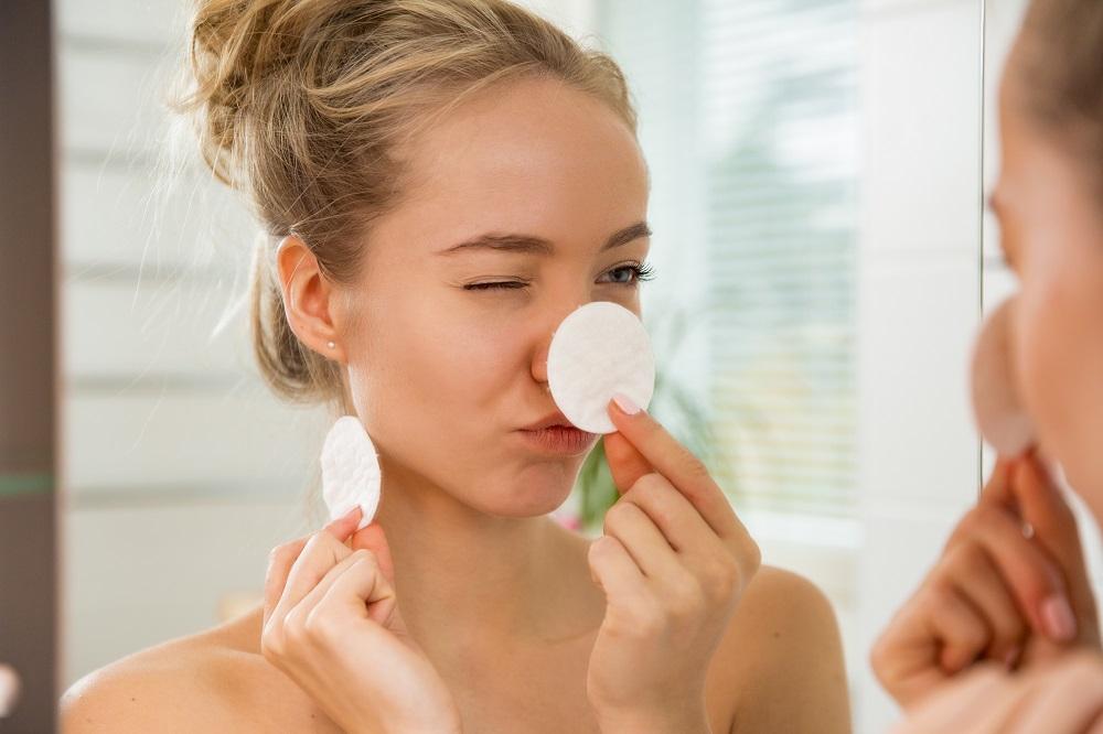 Make-up feitjes waar je happy & wijs van wordt (+ ontvang een beautycadeautje bij aankoop van een Lancôme mascara)