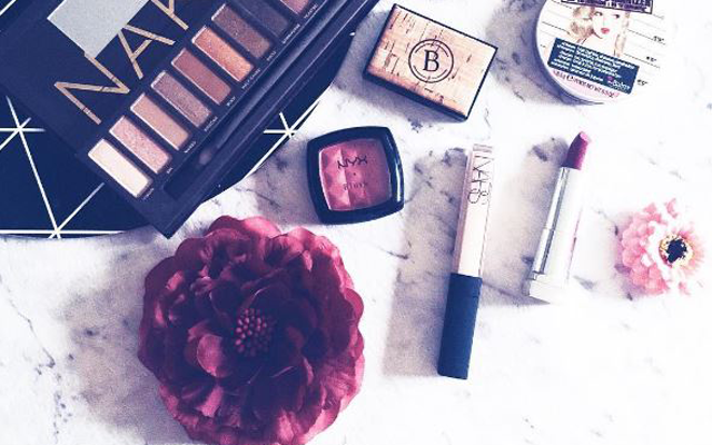 7 dingen die make-upartiesten nóóit doen