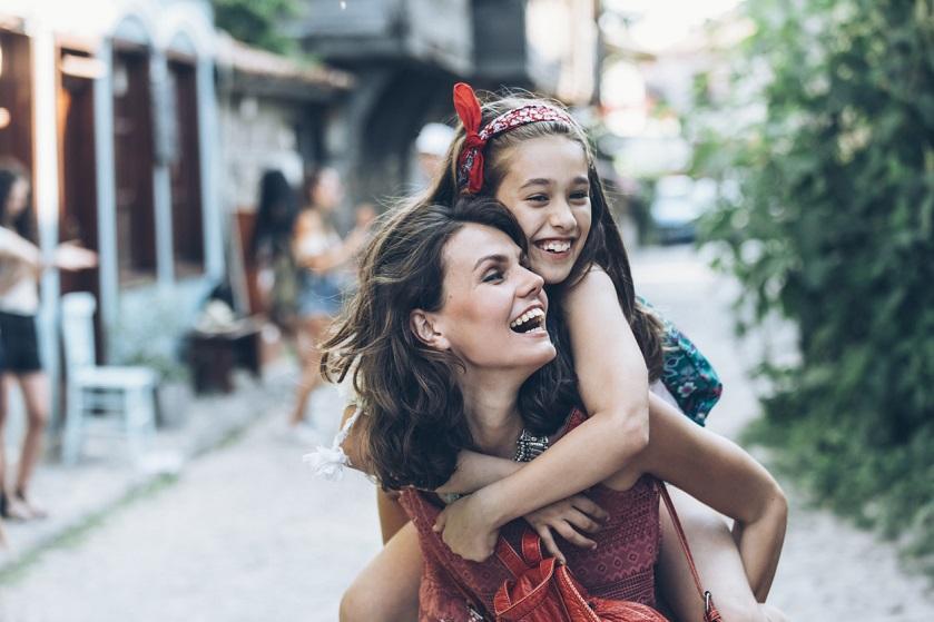 Alleen met kids op reis: vertrek niet voor je deze tips hebt gelezen