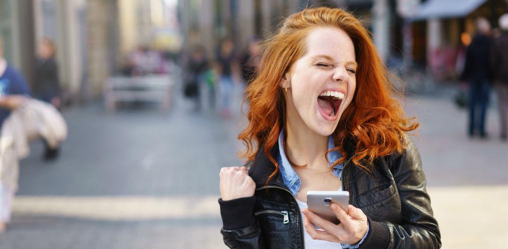 Hoelang wacht je met antwoorden en andere ongeschreven regels voor whatsappen met je date