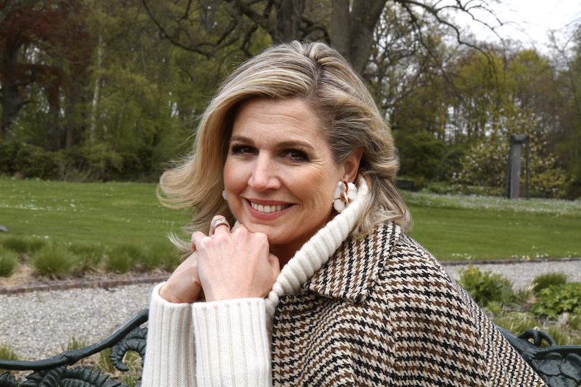 Máxima op haar mooist: koningshuis deelt prachtige privéfoto's ter ere van 50e verjaardag koningin