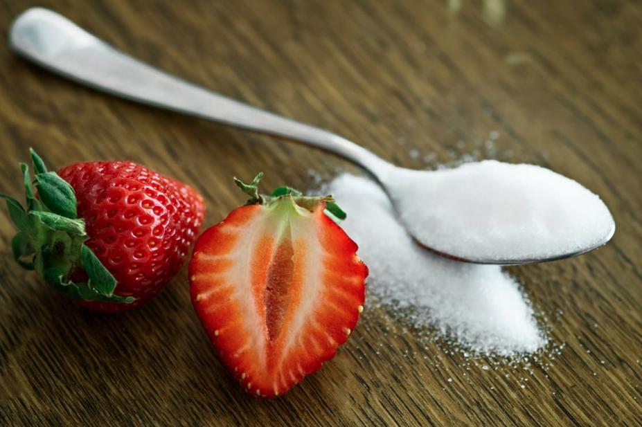 Als je dit rare ingrediënt toevoegt, zou je shampoo veel effectiever werken