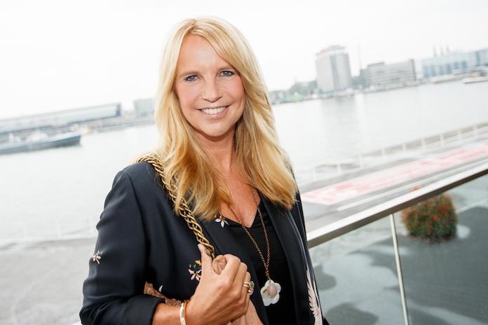 Linda de Mol over de geboorte van baby Johnny: 'Toen ik het hoorde, was ik meteen in tranen'