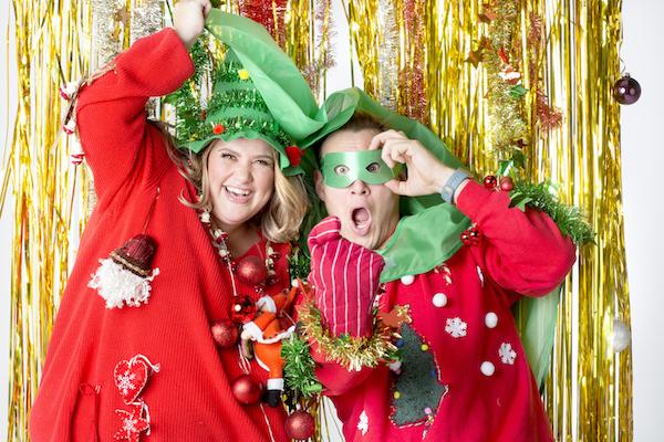 Trek je foute kersttrui aan en help kinderen in nood