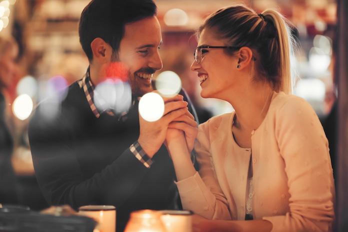 Waarom pittig eten heel goed is voor je liefdesleven
