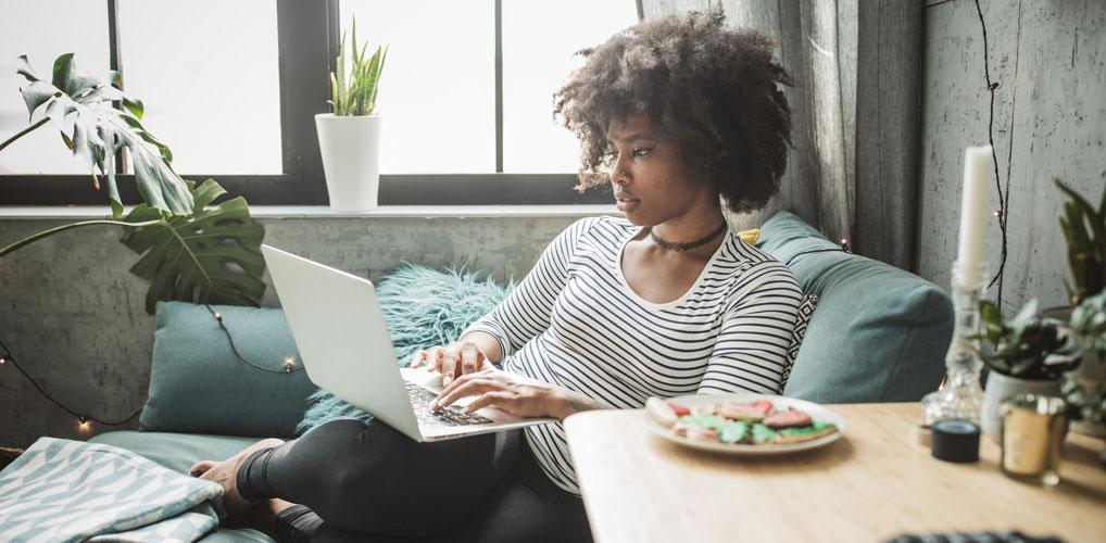 Heeft een laptop op schoot gevolgen voor je vruchtbaarheid? Dit zeggen experts