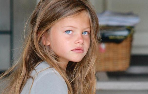 ZIEN: Zó ziet het 'mooiste meisje ter wereld' er tien jaar later uit!