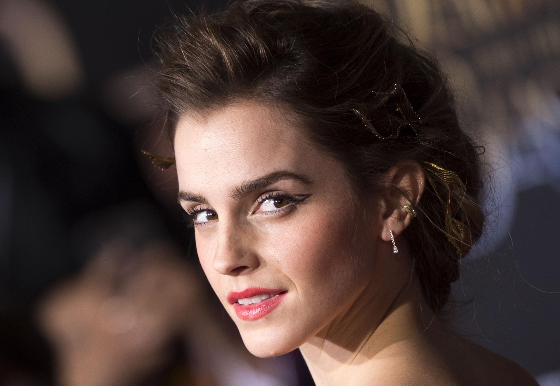 Emma Watson plaatst emotionele oproep om verloren ringen terug te vinden