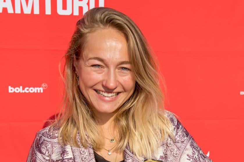 Babynieuws: actrice Carolien Karthaus-Spoor verwacht tweede kindje
