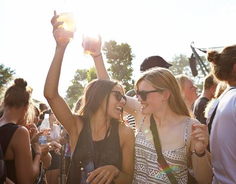 Zoveel calorieën verbrand je op een muziekfestival