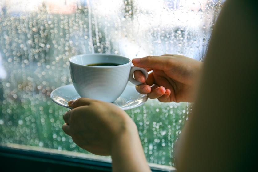 Lekker binnen blijven vandaag: niet alleen buien en onweer voorspeld, maar zelfs hagel