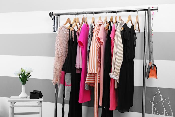 5 kledingstukken die iedere kleine vrouw zou moeten hebben