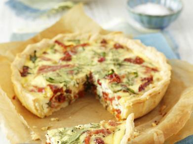Recept: quiche met ham, rucola en tomaat
