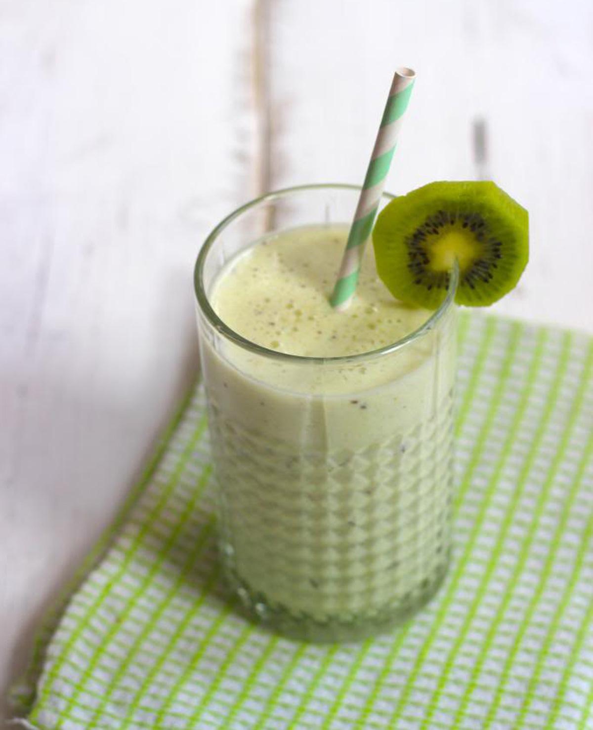 Smoothie met banaan en kiwi