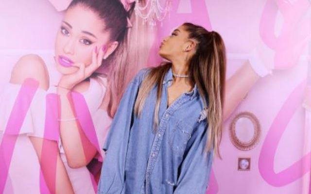 Ariana Grande lanceert nieuwe lippenstift samen met M.A.C Cosmetics