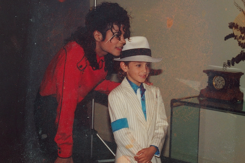 Wereld in rep en roer door Michael Jackson-docu: wat is er aan de hand?