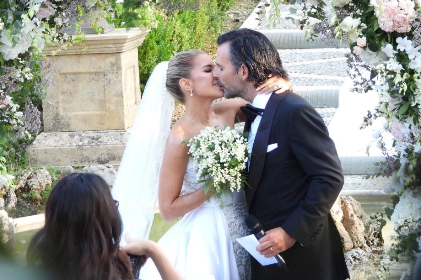 De bruiloft van het jaar: Sylvie Meis geeft jawoord aan Niclas Castello