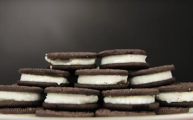 RECEPT: deze 'drunken Oreo's' zijn onze favoriete nieuwe snack
